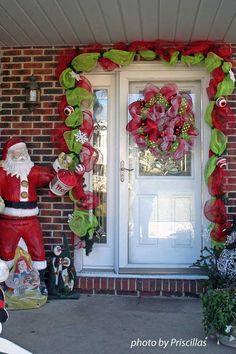 Christmas decorations using decomesh wreath