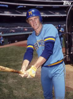 Robin Yount - Milwaukee Brewers, one of the greatest short stops ever.