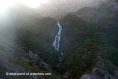 Horsetail Falls ('Queenstown Falls') near Gormanston, Tasmania, Australia Horsetail Falls, Tasmania Travel, Waterfalls, West Coast, Australia, Mountains, World, Stunts, Waterfall