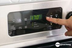 Spatters and drips are an inevitable part of using your oven. Fortunately, cleaning your dirty oven is a lot easier than you think. This simple method takes almost all the elbow grease out of the job and works while you sleep! Deep Cleaning Tips, Oven Cleaning, Toilet Cleaning, House Cleaning Tips, Cleaning Solutions, Spring Cleaning, Cleaning Hacks, Cleaning Products, Cleaning Supplies