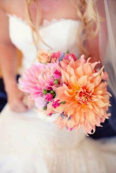 Dahlia wedding flowers http://weddingflowersideas.blogspot.com/2014/05/dahlia-wedding-flowers.html