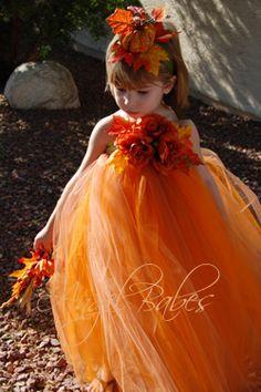 Soooo pretty... Pumpkin Princess Costume kit + instructions.