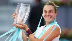 डिजिटल डेस्क, मैड्रिड।बेलारूस की एरीना सबालेंका (Aryna Sabalenka) ने दुनिया की नंबर-1 महिला टेनिस खिलाड़ी ऑस्ट्रेलिया की एश्ले बार्टी (Ashleigh Barty) को हराकर मैड्रिड ओपन खिताब जीत लिया है।डीपीए की रिपोर्ट के अनुसार, बार्टी ने दो सप्ताह पहले ही स्टटगार्ट में एक सेट हारने के बाद वापसी करते हुए सबालेंका को हराया था और ऐसा लग रहा था कि वह इसी लय को यहां भी जारी रखेंगी El album de la campeona @SabalenkaA | @WTA_Espanol | #MMOPEN pic.twitter.com/p9V1A9srQC — #MMOPEN (@MutuaMadridOp Tennis News, Cricket News, Lifestyle News, Bollywood News, Sports News, Madrid, Champs, Tennis