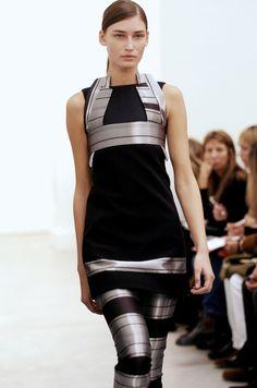 Futuristic Fashion, Model, Future Girl, Futuristic Clothing, Futuristic Style, Girl in Black, Fashion Show, Black Silver, Futuristic Look, BALENCIAGA FW 2005