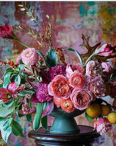 A bouquet that makes us excited for spectacular spring hues. Beautiful Flower Arrangements, Floral Arrangements, Creative Flower Arrangements, Table Arrangements, Flowers Garden, Planting Flowers, Fresh Flowers, Beautiful Flowers, Vase Of Flowers
