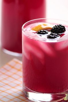 Blackberry Lemonade    (6 cups water, divided   1 cup sugar   4 lemons   2 cups (1 pint) fresh blackberries)