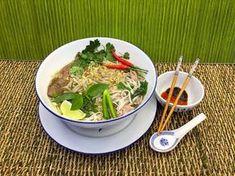(1) Nejchutnější pravá Vietnamská hovězí polévka Pho recept - Vařte s Majklem - YouTube