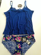 08e687135936e NEW WANTABLE INTIMATES Daisy Fuentes Lace Back Hipster Panties   Cami
