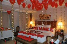 #Topic of the Week – Decoration ideas of #Bedrooms. Marriage Day & Valentine's Day is a day to spend with your #Love and get more intimate moments with your loved ones. Let's decorate your bedroom in a valentine's spirit.   There are some stuffs which are symbols of Valentine's day, such as flowers, rose's leafs, heart balloons or any other decoration in a shape of heart. Woow, it sounds so romantic for every one. (Image copyrights belong to their respective owners)