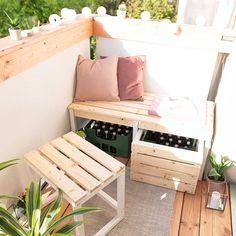 Small Balcony Design, Small Balcony Decor, Balcony Bench, Balcony Ideas, Balcony Furniture, Home Furniture, Classy Living Room, Deco Studio, Apartment Balcony Decorating