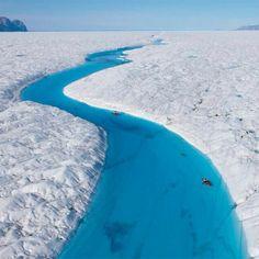 Caiaque no Blue River, Groenlândia. DEMAIS! #viatorpt #turismo