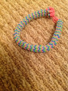 My rainbow loom bracelet. Rainbow Loom Patterns, Rainbow Loom Creations, Bracelets Crafts, Fishtail Bracelet, Loom Love, Loom Craft, Rubber Band Bracelet, Loom Charms, Rainbow Loom Bracelets