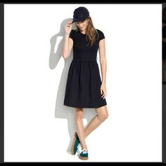 Madewell Ponte Skater Dress NWT Cute meets comfortable in this soft, stretchy ponte knit dress. Cap sleeves, side hidden pockets, side zipper, twirl-friendly skirt make this dress a must have! Sold out! Never worn, NWT. No trades, no lowballing. Madewell Dresses Midi