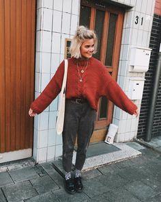 Ein Outfit... es könnte von einem Filmset stammen, es passt einfach wunderbar stylisch zusammen. xo Anna von Feremo.com