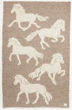 Álafoss Wool Blanket - Jaquard Horse 0101. Made of 100% pure Icelandic Wool. Designed by Guðrún Gunnarsdóttir.