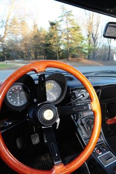 1981-Alfa-Romeo-Spider-Veloce-2-Litre-straight-4-cylinder-dual-overhead-cam