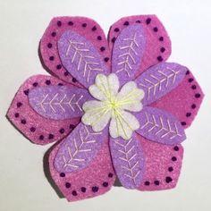Handmade Felt Hair Clip – Flower – HCF10