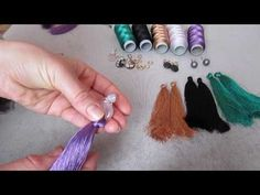Easy and simple DIY tassel earring tutorial with silk threads Thread Bangles, Thread Jewellery, Textile Jewelry, Fabric Jewelry, Tassel Earing, Diy Tassel, Tassel Jewelry, Diy Jewelry Projects, Jewelry Making Tutorials