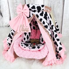 Baby Girl Car Seats, Baby Girl Gear, Baby Cribs For Twins, Western Babies, Baby Room Design, Baby Cover, Baby Head, Cute Baby Clothes, Baby Sewing