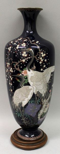 A large good quality Japanese Meiji Period silver wire cloisonné vase.