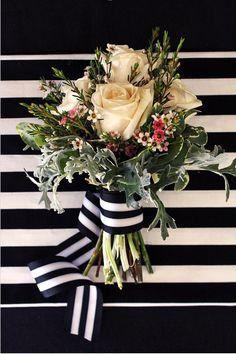Bouquet de rosas en color pastel con lazo de rayas en negro y blanco~ Ʀεƥɪииεð вƴ╭ Floral Wedding, Wedding Bouquets, Wedding Flowers, Wax Flowers, Gold Wedding, Wedding Desserts, Wedding Decorations, Wedding Cupcakes, White Bridal Shower