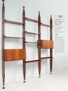 Franco Albini Design from Selected Aprile 2013 by Aste Boetto- issuu Modern Family Rooms, 1960s Interior Design, Mid Century Modern Bookcase, Interior Furniture, New Home Designs, Modern Room Design, Condo Decorating, Mid Century Decor, Home Decor Furniture