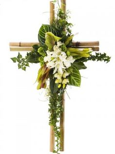 Resultado de imagen de flower arrangement for funeral Arrangements Funéraires, Funeral Floral Arrangements, Easter Flower Arrangements, Altar Flowers, Church Flowers, Funeral Flowers, Deco Floral, Arte Floral, Funeral Sprays