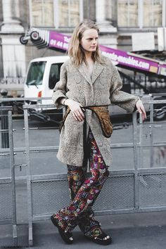 paris street style 2015 | Paris_Fashion_Week-Fall_Winter_2015-Street_Style-PFW-Hanne_Gabi-