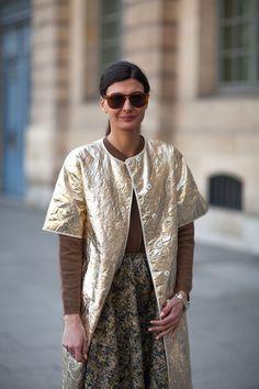 a22b9b14b A gold short-sleeve jacket luxes up neutral separates on Giovanna Battaglia.