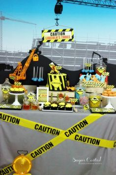 CONSTRUCTION THEMED BIRTHDAY PARTY-dessert table