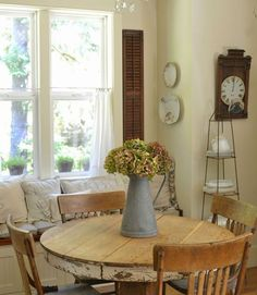 Faded Charm Cottage - Cozy Decorating Ideas