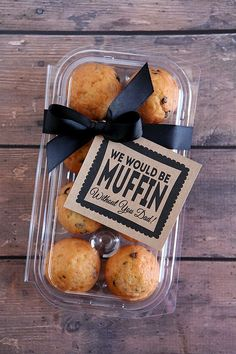 Would Be Muffin Without You Dad we would be muffin without you dad. Cute printable gift tag for Father's Day.we would be muffin without you dad. Cute printable gift tag for Father's Day. Work Gifts, Diy Father's Day Gifts, Father's Day Diy, Gifts For Dad, Employee Appreciation Gifts, Volunteer Appreciation, Client Gifts, Staff Gifts, Dad Day