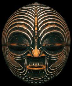Kifwebe mask, DR Congo •●