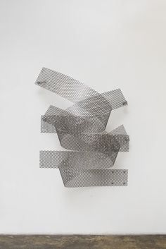 """Stress Points: Space Drawings & Artworks by Ryan Roa Ryan Roa is a versatile artist whose work consists of sculpture, drawing, and video. """"Stress Points"""" is his latest solo exhibition, currently on show at …"""
