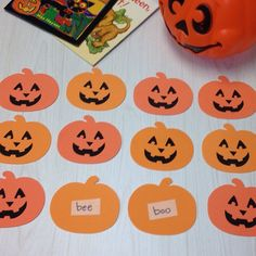 Pumpkin matching makes speech practice much more fun! Pinned by @PediaStaff – Please Visit ht.ly/63sNtfor all our pediatric therapy pins