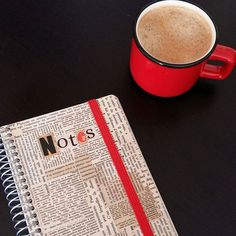 Humm, #note pour plus tard, faudrait penser à faire une pause, non? / note to myself it's about time to take a break, isn'it?  #partirenvacances #carnet #spirales #lespetiteskasko #papeterie #stationery #stationerylover #notebook #coffee #notes #typo #madeinfrance