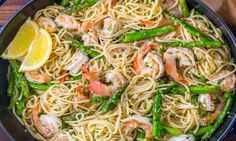 Shrimp Scampi Pasta with Asparagus has a lemon garlic and herb sauce that packs so much fresh and amazing flavor. A 30 minute shrimp scampi pasta recipe! Shrimp Dishes, Shrimp Recipes, Pasta Dishes, Pasta Recipes, Cooking Recipes, Healthy Recipes, Food Shrimp, Healthy Food, Pasta Food