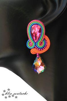 Sutasz Kleo /Soutache jewellery Soutache Tutorial, Earring Tutorial, Soutache Pendant, Soutache Earrings, Custom Jewelry, Handmade Jewelry, Mixed Media Jewelry, Passementerie, Small Earrings