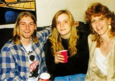 Kurt with sister & aunt in December 1989