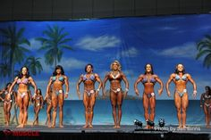 2013 Europa Show of Champions (left to right):JILLIAN REVILLE-FRANCES MENDEZ-MIKAILA SOTO.PATRICIA MELLO-AMANDA DUNBAR-JENNIFER ROBINSON