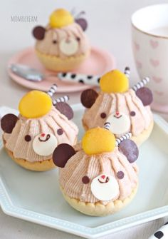 Kurikuri Kuma chan ♡ Mont Blanc tart Cute Desserts, Asian Desserts, Dessert Recipes, Yummy Treats, Yummy Food, Kawaii Cooking, Kawaii Dessert, Japanese Sweets, Cute Cookies