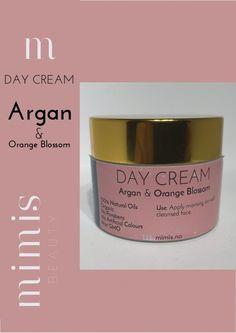 Anti age day cream medargan og appelsinblomstoljehar en Lett tekstur og absorberer raskt inn i huden. Ved daglig bruk forhindrer kremen tidlig aldring og motvirker rynker.