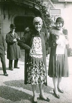 Two gorgeous, smiling 1920s girls