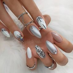 Amazing Ways To Wear Glitter Nails Like A Diamond For You, Amazing Ways To Wear Glitter Nails Like A Diamond For You