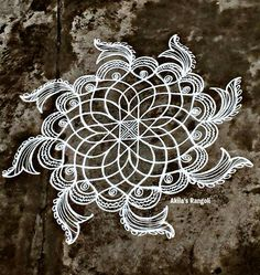 Rangoli Designs Flower, Rangoli Ideas, Rangoli Designs Diwali, Rangoli Designs With Dots, Diwali Rangoli, Flower Rangoli, Beautiful Rangoli Designs, Kolam Designs, Mehandi Designs