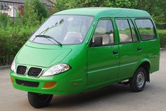 2012 Jiangsu Sandi (China) SD650ZK-4 Three Wheel 8-Seat MPV with twin-cylinder 650cc 4-stroke OR 800cc OR 1000cc Water-Cooled 4-cylinder engines
