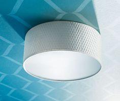 599 Kc, Stropní osvětlení ALÄNG (599 Kč), průměr 35 cm, výška 15 cm, poskytuje rozptýlené světlo vhodné jako hlavní osvětlení. Ocelové rameno, stropní krytka z polyamidového plastu, stínidlo z PET plastu a papíru.