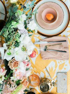 Who says colors for fall decorating can't be dreamy and soft? These landscape-inspired color palettes may influence your Thanksgiving tabletop to embrace the hazy hues that are often overlooked in the transition from summer to autumn.