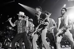 iHeartRadio Music Festival Takes Over #Vegas Pictures - Bruno Mars | Rolling Stone