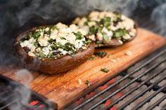 Vegetarische recepten voor de barbecue: Portabella met basilicum en feta - by Another Pint Please...